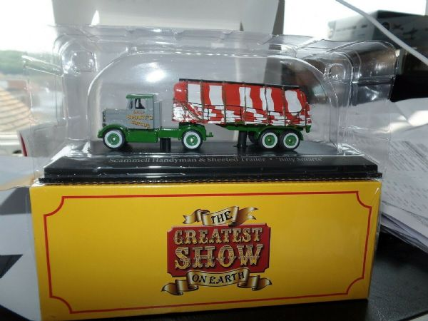 Atlas Fun Fair HU18 1/76 OO Scale Scammell Handyman Load Billy Smart's Circus